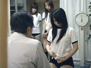 hidden cam asian Japanese schoolgirl (21+) Medicine roborant check-up
