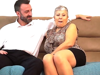 blowjob amateur Grannies want sex and get it from boys